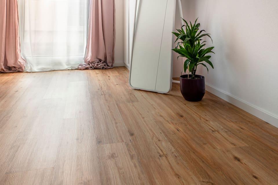 Holzboden.